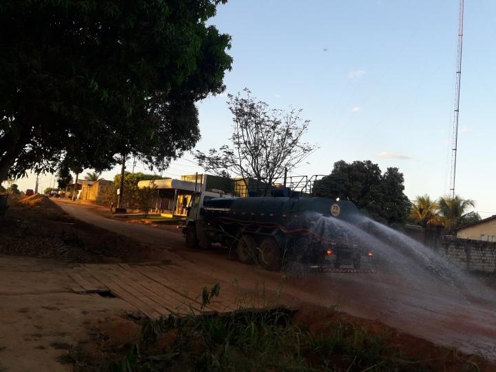 Caminhão com agua